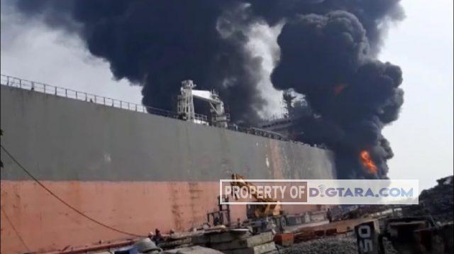 Kebakaran Kapal Tanker ABK Tanker MT Jag Leela