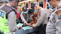 Polresta Deli Serdang Lakukan Pengecekan Senpi Dan HT Personil Sat Lantas