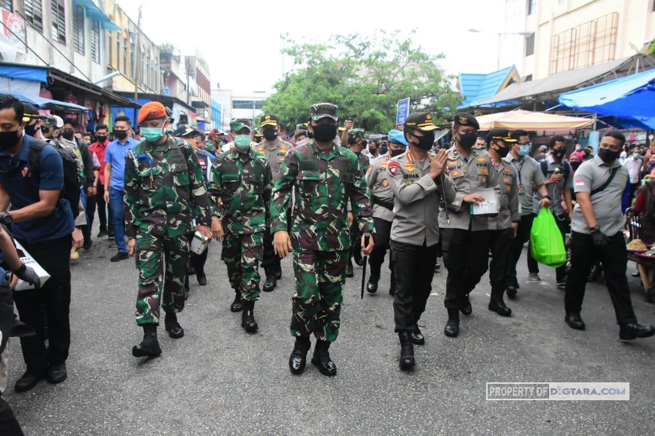 Panglima TNI dan Kapolri Kunker ke Pasar Kodim