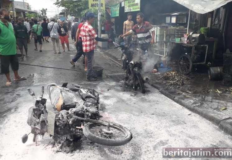 Kios Bensin Eceran Terbakar, Pemilik dan Anaknya Dilarika ke Rumah Sakit